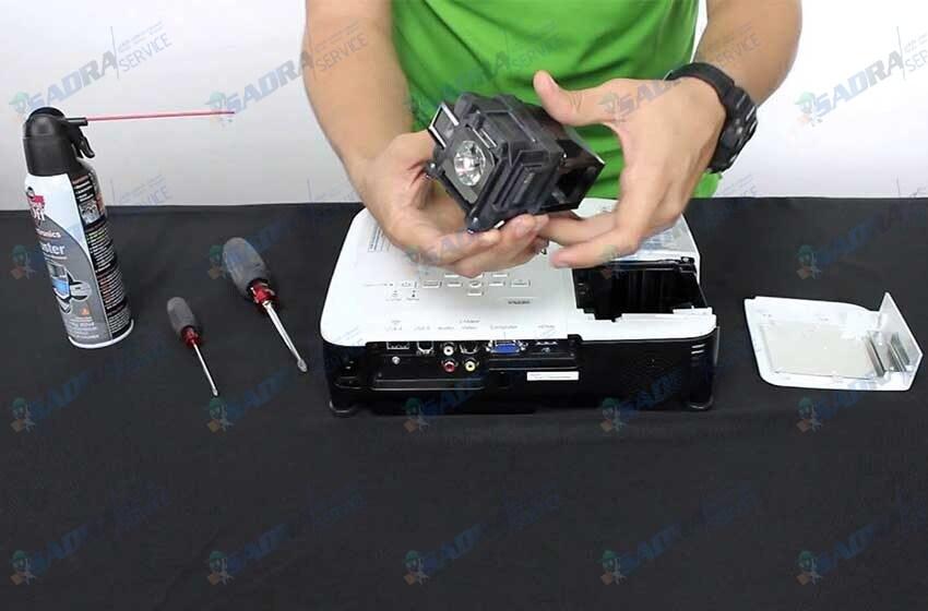 تعمیرات ویدئو پروژکتور اسپکترون